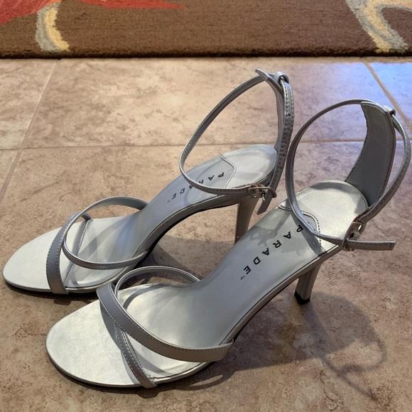 Parade Silver heels 🛍